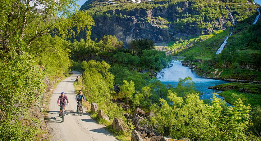 Walk or cycle the Flåm Valley